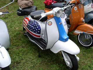 Amerivespa 2003 pictures from Coleman