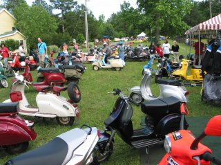 Amerivespa 2003 pictures from Leon