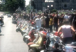 20th Garden City Scooter Rally - 2004 pictures from EnglishDave