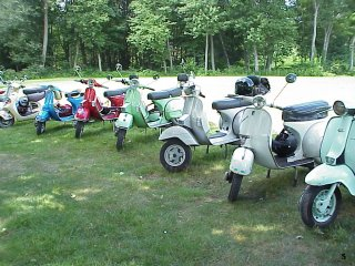 Biggest Little Rally - 2004 pictures from CHRIS_CONNECTICUT_VESPA_PLATE