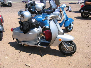 Amerivespa and LammyJammy - 2006 pictures from LBSC_Michael_Rocky_Mountain_High