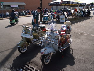 Amerivespa and LammyJammy - 2006 pictures from OGonZoO