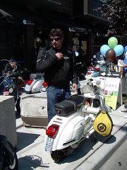 Scooter Insanity - 2006 pictures from Julie