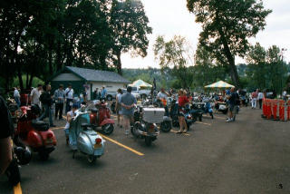 Amerivespa 2002 pictures from DamnDirtySteve