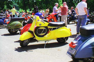 Amerivespa 2002 pictures from Ray