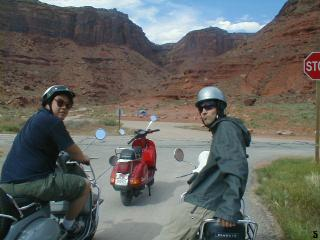 scoot.net: Moab 2001 pictures from David Schuttenberg