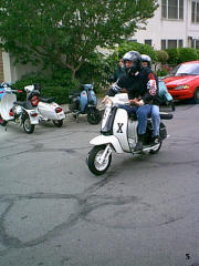 Pictures from Pasadena Scoot Expo 2002 taken by Jeff Allen